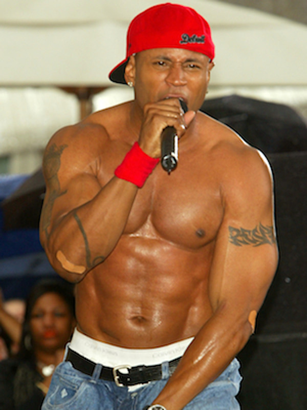Is ll cool j gay
